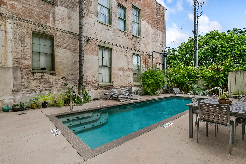 Lower Garden District, Condo, 2 beds, 2.0 baths, $2500 per month New Orleans Rental - devie image_13