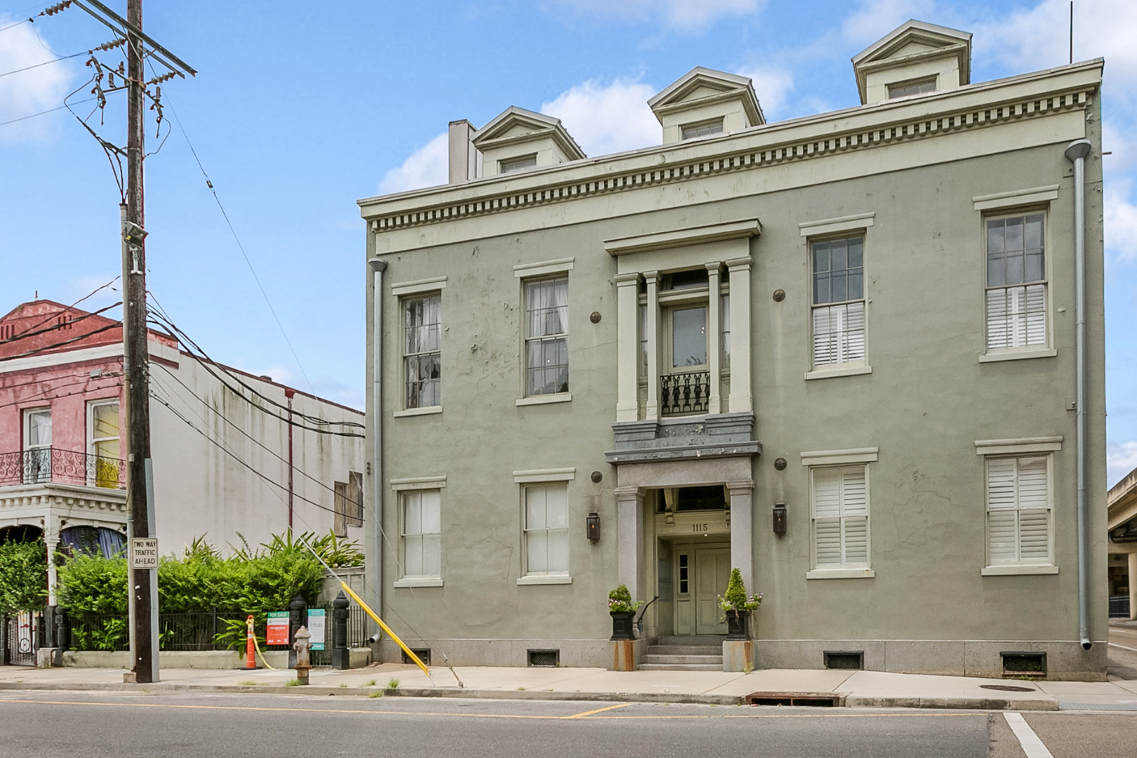 Lower Garden District, Condo, 2 beds, 2.0 baths, $2500 per month New Orleans Rental - devie image_15