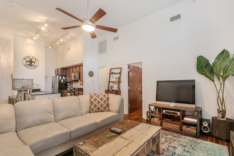 Lower Garden District, Condo, 2 beds, 2.0 baths, $2500 per month New Orleans Rental - devie image_4