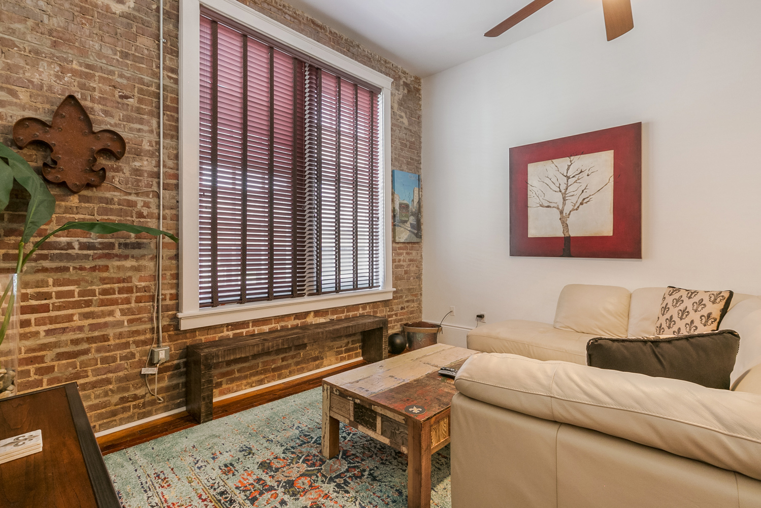 Lower Garden District, Condo, 2 beds, 2.0 baths, $2500 per month New Orleans Rental - devie image_6