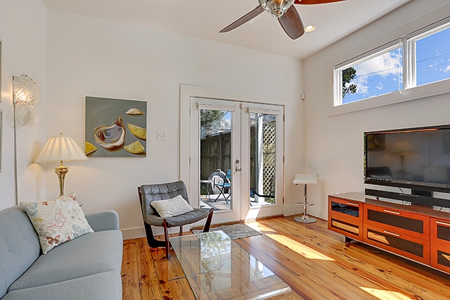Irish Channel, House, 2 beds, 2.0 baths, $3000 per month New Orleans Rental - devie image_3