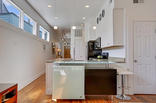 Irish Channel, House, 2 beds, 2.0 baths, $3000 per month New Orleans Rental - devie image_4