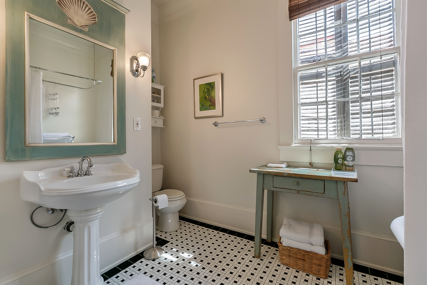 Uptown, House, 2 beds, 1.5 baths, $3000 per month New Orleans Rental - devie image_10