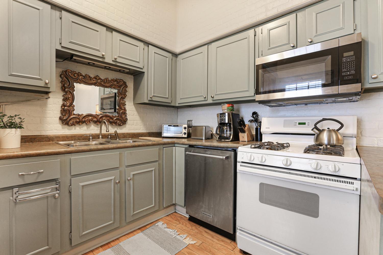 Garden District, Apartment, 1 beds, 1.0 baths, $2100 per month New Orleans Rental - devie image_8