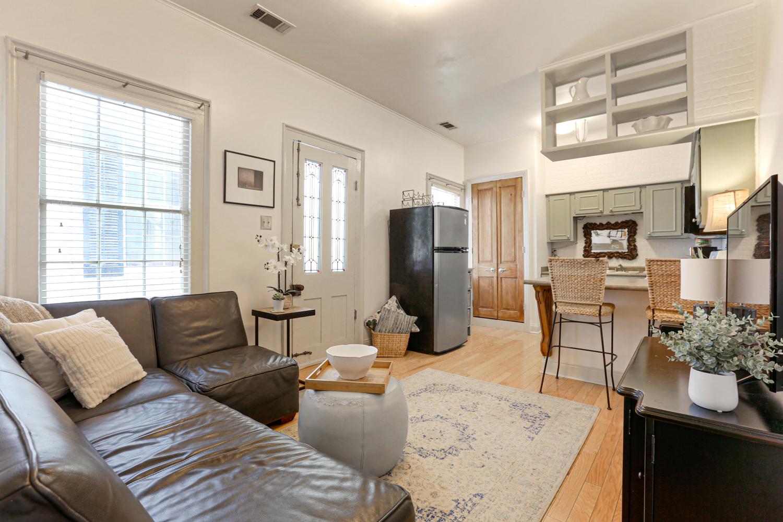 Garden District, Apartment, 1 beds, 1.0 baths, $2100 per month New Orleans Rental - devie image_4