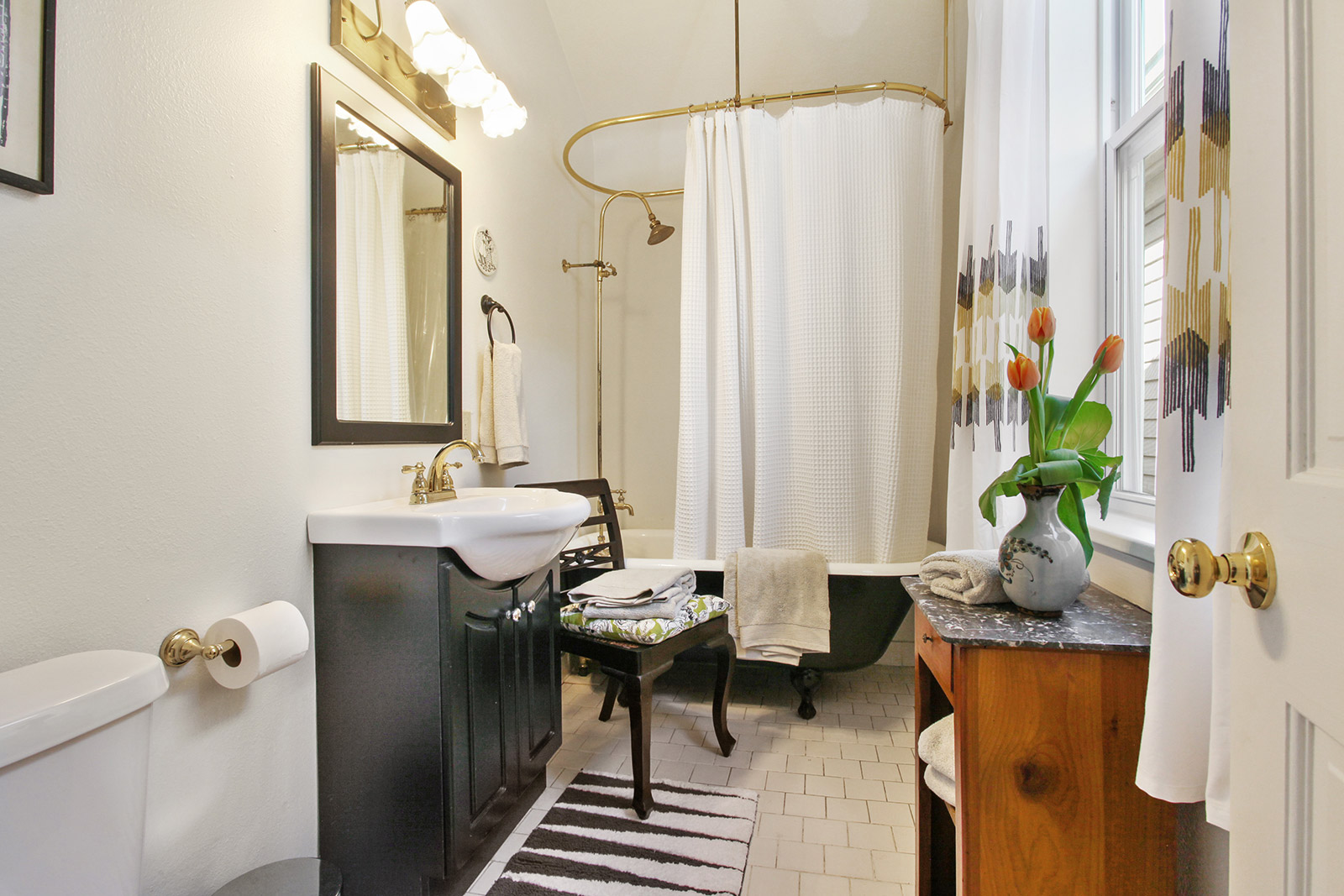Uptown, House, 2 beds, 2.0 baths, $2200 per month New Orleans Rental - devie image_15