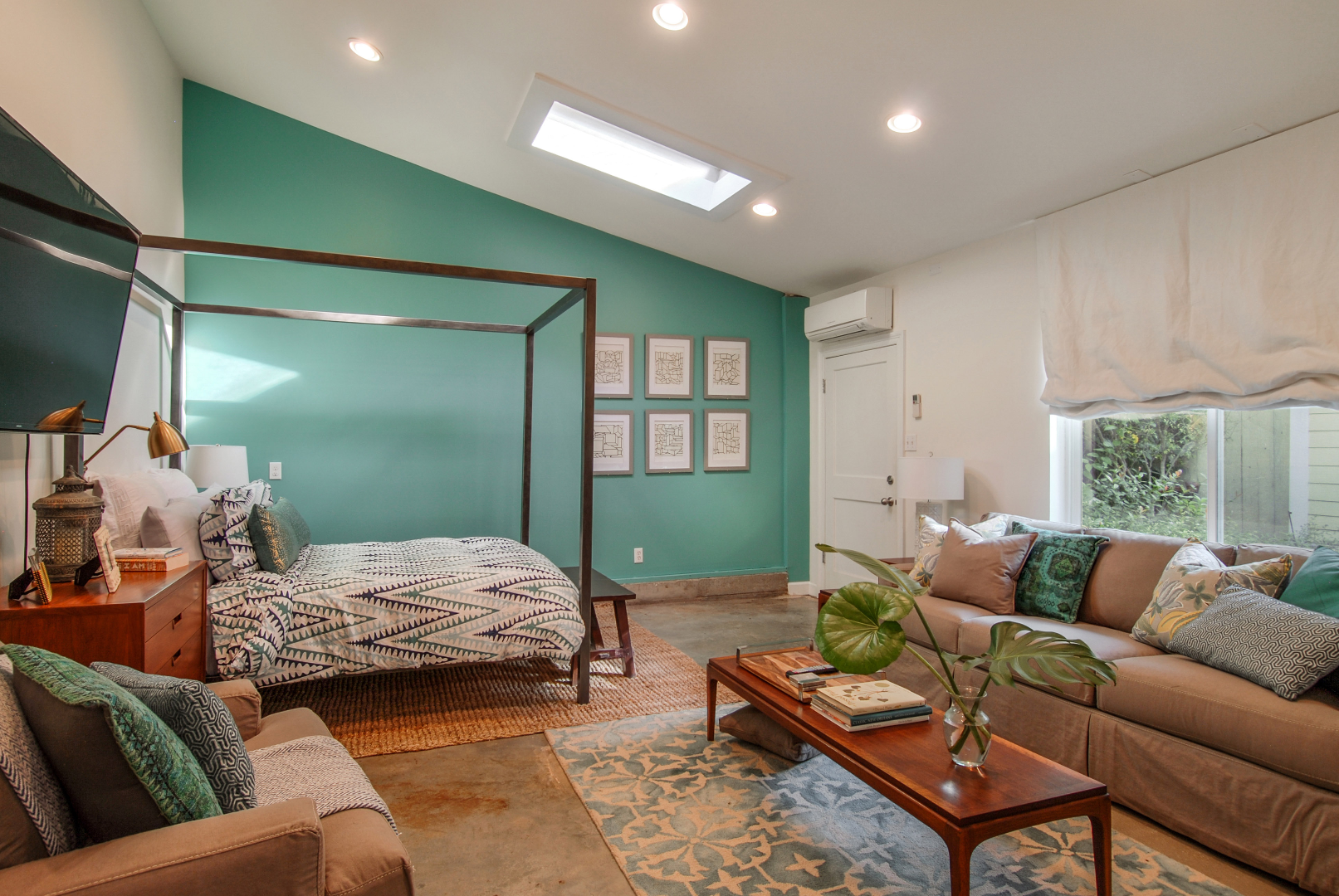 Uptown, Apartment, 1 beds, 1.0 baths, $1900 per month New Orleans Rental - devie image_0