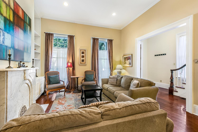 Garden District, House, 2 beds, 2.5 baths, $3500 per month New Orleans Rental - devie image_1