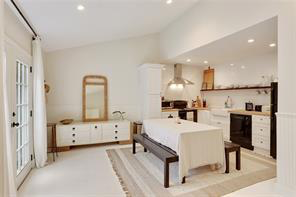 Uptown, House, 3 beds, 3.0 baths, $6800 per month New Orleans Rental - devie image_13