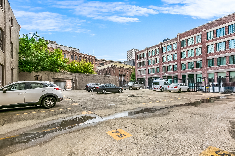 CBD/Warehouse District/South Market, Condo, 1 beds, 1.0 baths, $2500 per month New Orleans Rental - devie image_9