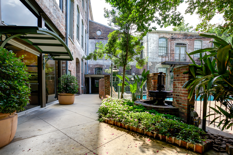 CBD/Warehouse District/South Market, Condo, 1 beds, 1.0 baths, $2200 per month New Orleans Rental - devie image_1