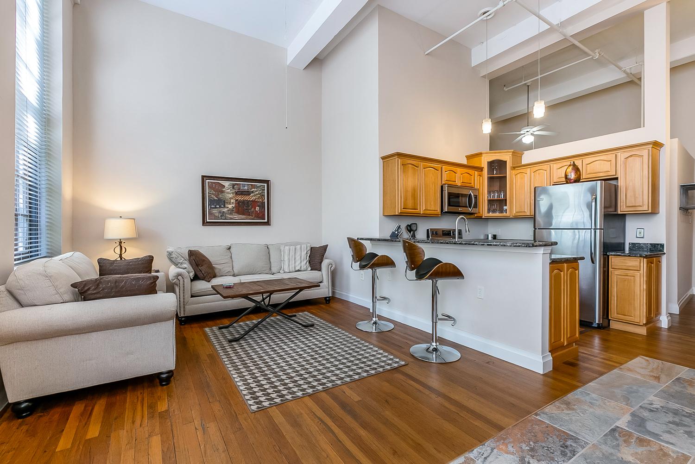 CBD/Warehouse District/South Market, Condo, 1 beds, 1.0 baths, $2200 per month New Orleans Rental - devie image_3