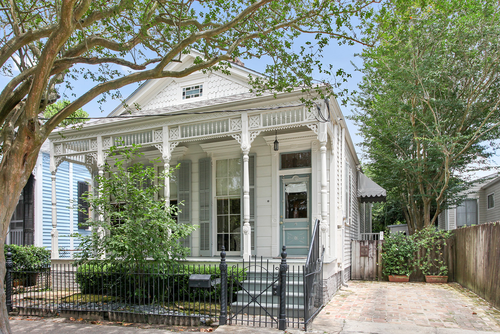 Uptown, House, 3 beds, 2.0 baths, $7500 per month New Orleans Rental - devie image_0