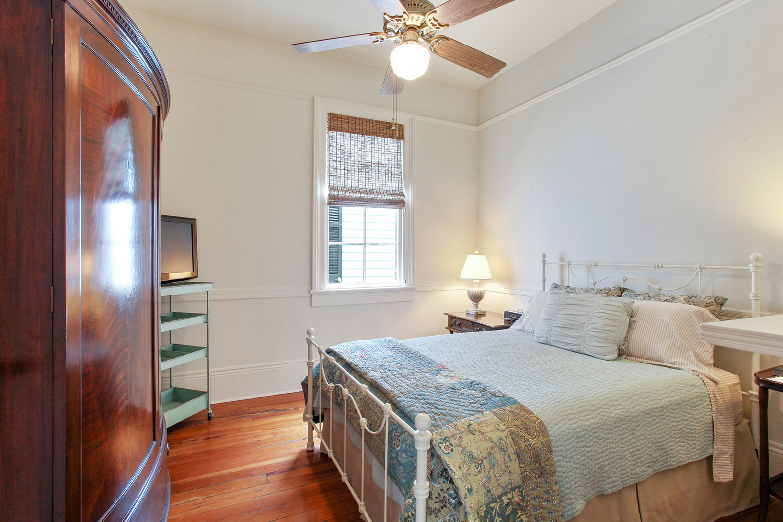Uptown, House, 3 beds, 2.0 baths, $7000 per month New Orleans Rental - devie image_8