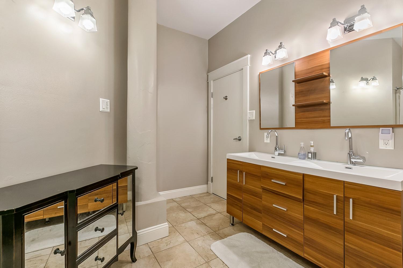 CBD/Warehouse District/South Market, Condo, 3 beds, 2.0 baths, $5000 per month New Orleans Rental - devie image_7