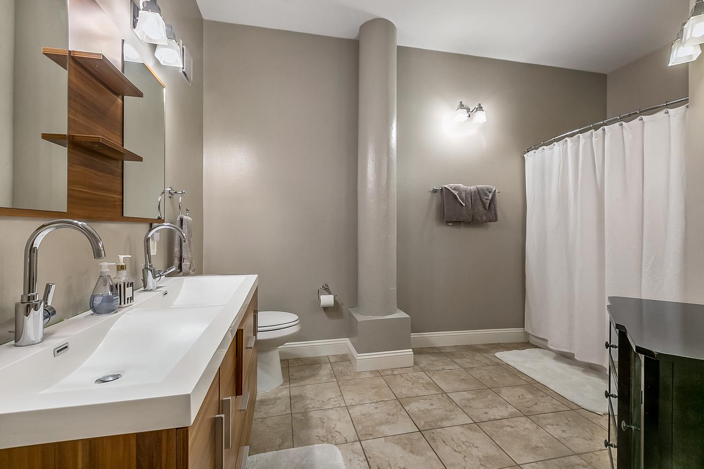 CBD/Warehouse District/South Market, Condo, 3 beds, 2.0 baths, $5000 per month New Orleans Rental - devie image_8