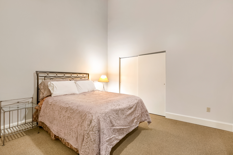 CBD/Warehouse District/South Market, Condo, 3 beds, 2.0 baths, $5000 per month New Orleans Rental - devie image_11