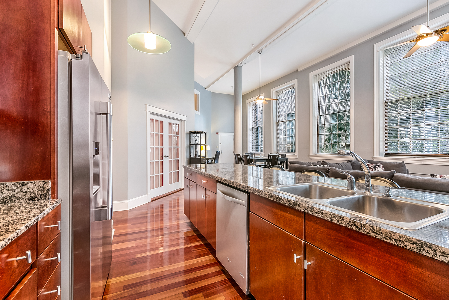 CBD/Warehouse District/South Market, Condo, 3 beds, 2.0 baths, $5000 per month New Orleans Rental - devie image_5