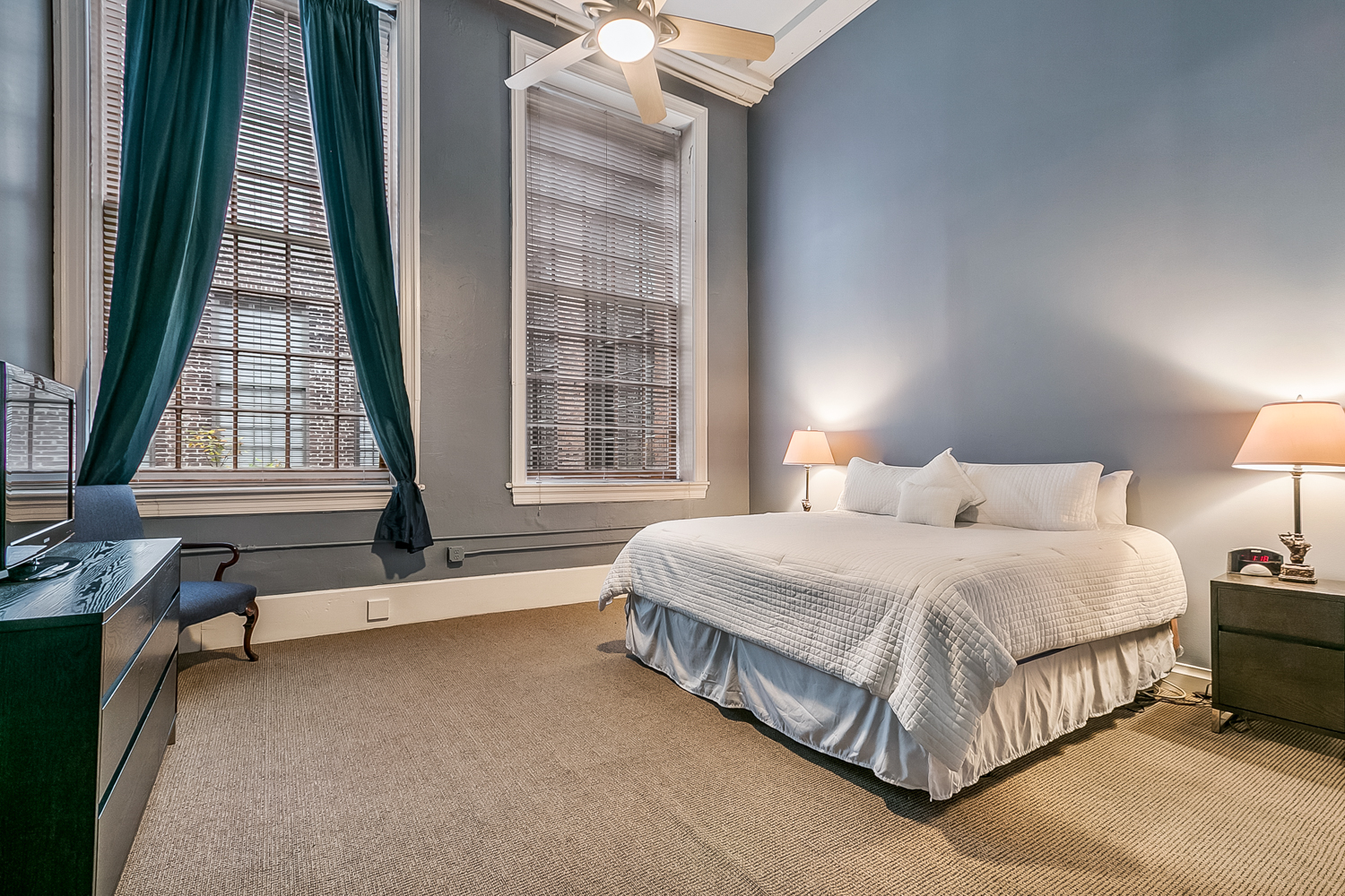 CBD/Warehouse District/South Market, Condo, 3 beds, 2.0 baths, $5000 per month New Orleans Rental - devie image_6