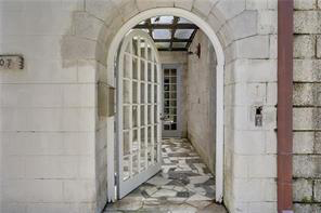 Uptown, House, 2 beds, 1.0 baths, $4000 per month New Orleans Rental - devie image_1