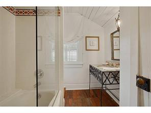 Uptown, House, 3 beds, 3.5 baths, $12000 per month New Orleans Rental - devie image_18
