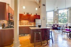 CBD/Warehouse District/South Market, Condo, 1 beds, 1.0 baths, $2300 per month New Orleans Rental - devie image_2