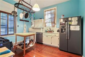 Uptown, House, 2 beds, 1.0 baths, $2500 per month New Orleans Rental - devie image_3
