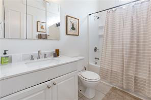 Uptown, Apartment, 1 beds, 1.0 baths, $2250 per month New Orleans Rental - devie image_3