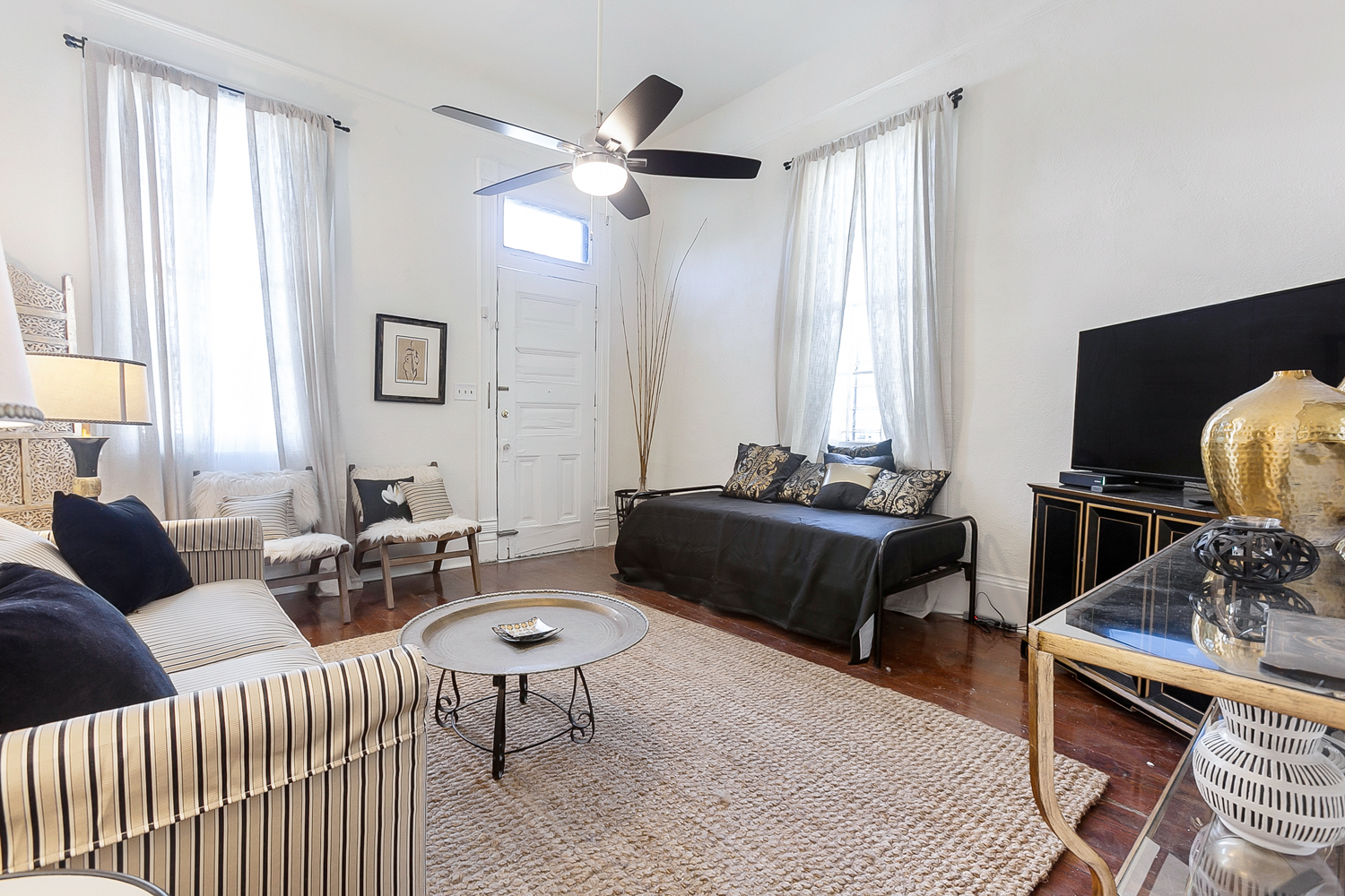 Uptown, Apartment, 1 beds, 1.0 baths, $2500 per month New Orleans Rental - devie image_2