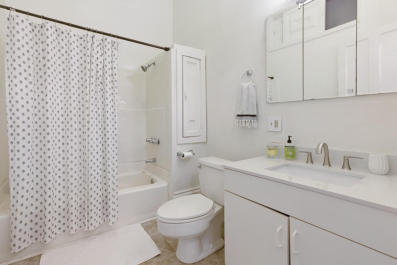 Uptown, Apartment, 1 beds, 1.0 baths, $2500 per month New Orleans Rental - devie image_5
