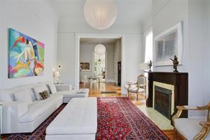 Garden District, Apartment, 2 beds, 2.0 baths, $3800 per month New Orleans Rental - devie image_1