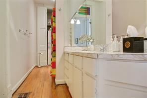 Garden District, Apartment, 2 beds, 2.0 baths, $3800 per month New Orleans Rental - devie image_5