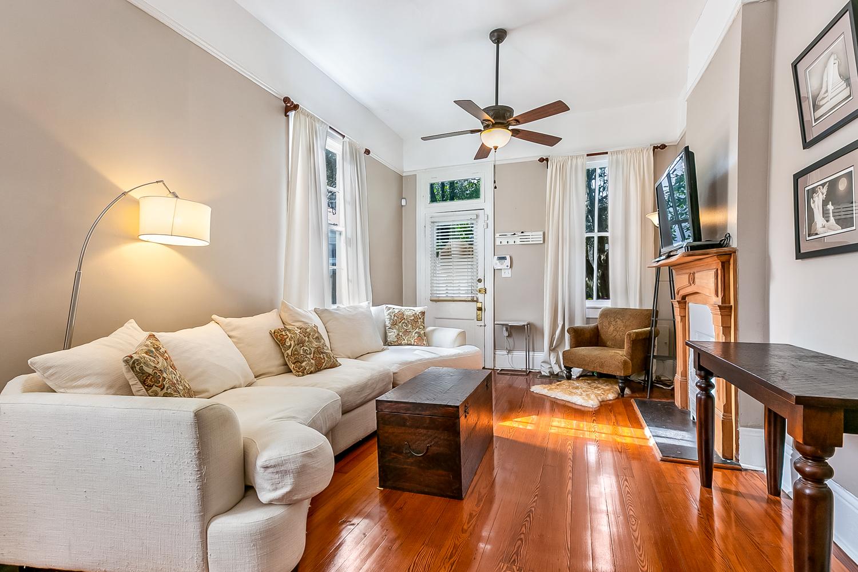 Garden District, Condo, 2 beds, 1.5 baths, $2300 per month New Orleans Rental - devie image_1