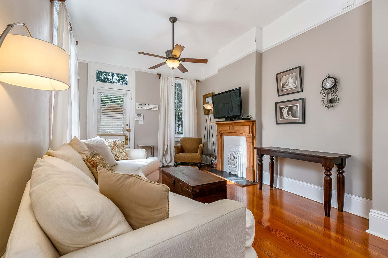 Garden District, Condo, 2 beds, 1.5 baths, $2300 per month New Orleans Rental - devie image_2