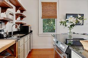 Uptown, Apartment, 2 beds, 1.0 baths, $3250 per month New Orleans Rental - devie image_2