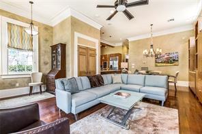 Uptown, Apartment, 2 beds, 2.0 baths, $3900 per month New Orleans Rental - devie image_0