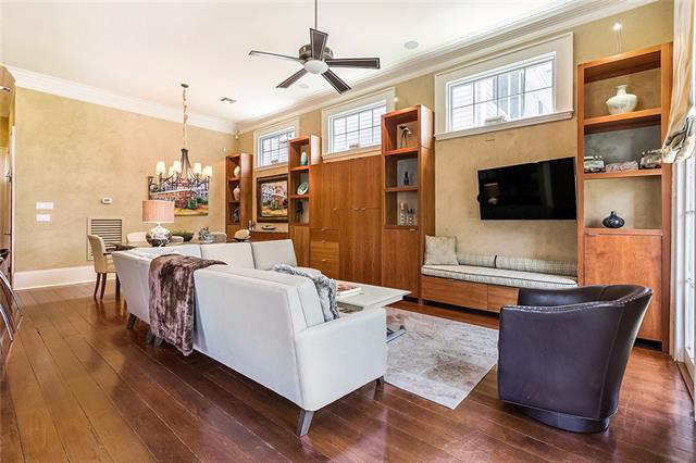 Uptown, Apartment, 2 beds, 2.0 baths, $3900 per month New Orleans Rental - devie image_1