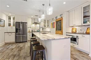 Uptown, House, 3 beds, 3.5 baths, $6000 per month New Orleans Rental - devie image_2