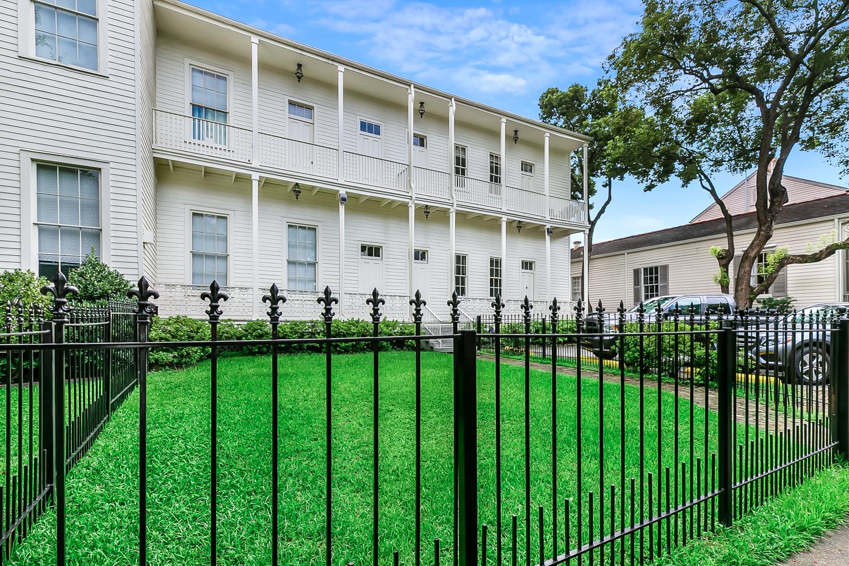 Garden District, Apartment, 1 beds, 1.0 baths, $2800 per month New Orleans Rental - devie image_13