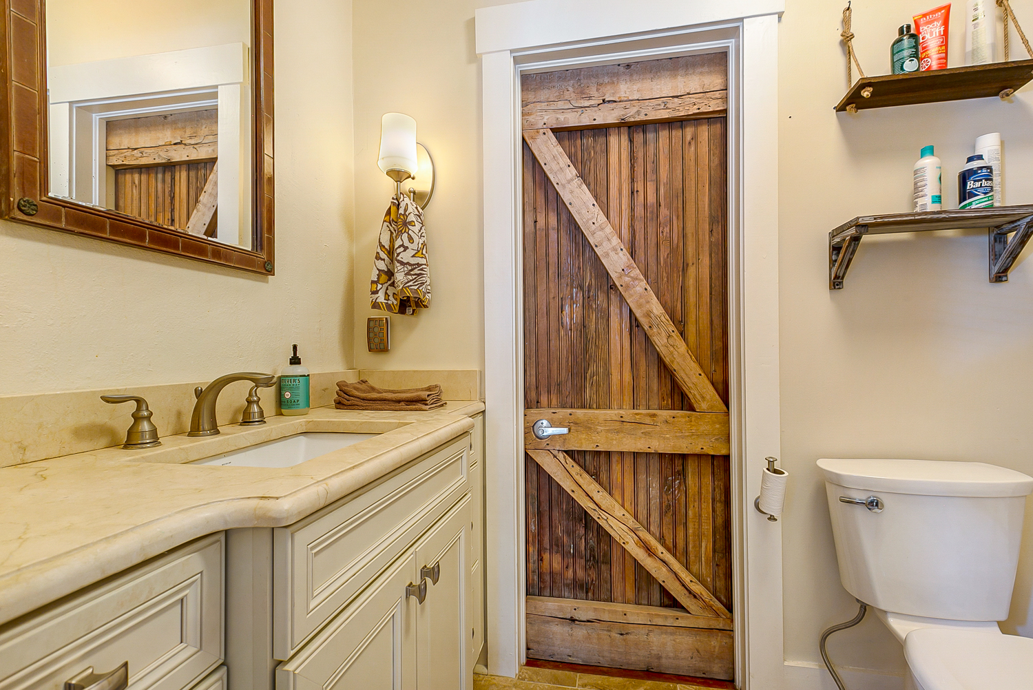 French Quarter, Condo, 1 beds, 2.0 baths, $2400 per month New Orleans Rental - devie image_10