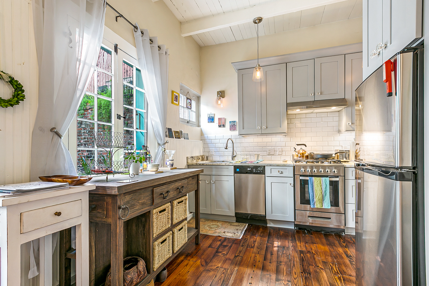 French Quarter, Condo, 1 beds, 2.0 baths, $2400 per month New Orleans Rental - devie image_4
