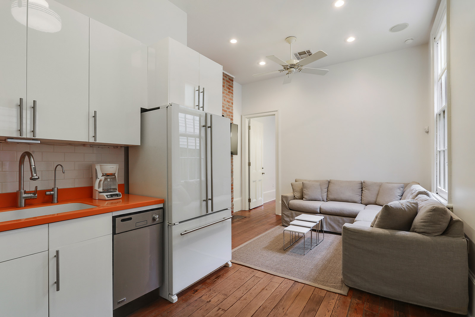 Uptown, Condo, 1 beds, 1.5 baths, $2800 per month New Orleans Rental - devie image_0