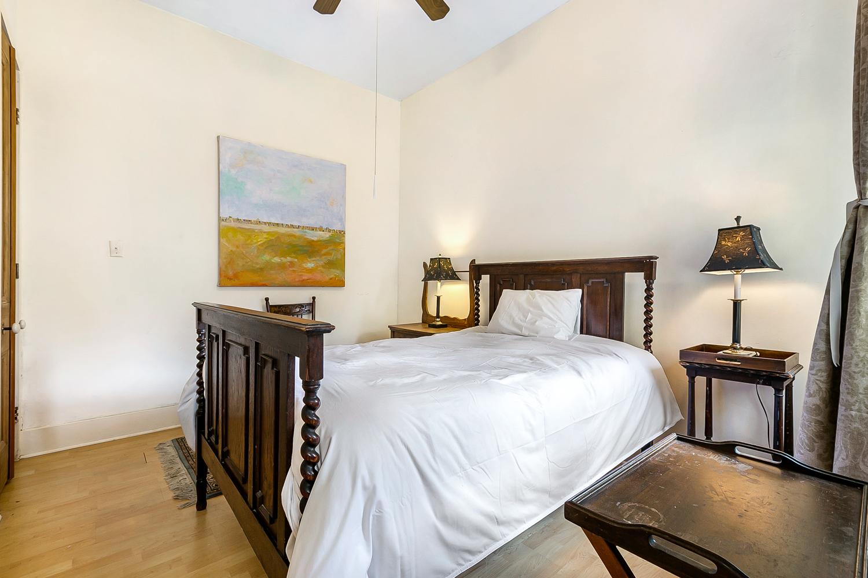 Garden District, House, 2 beds, 2.0 baths, $4000 per month New Orleans Rental - devie image_9