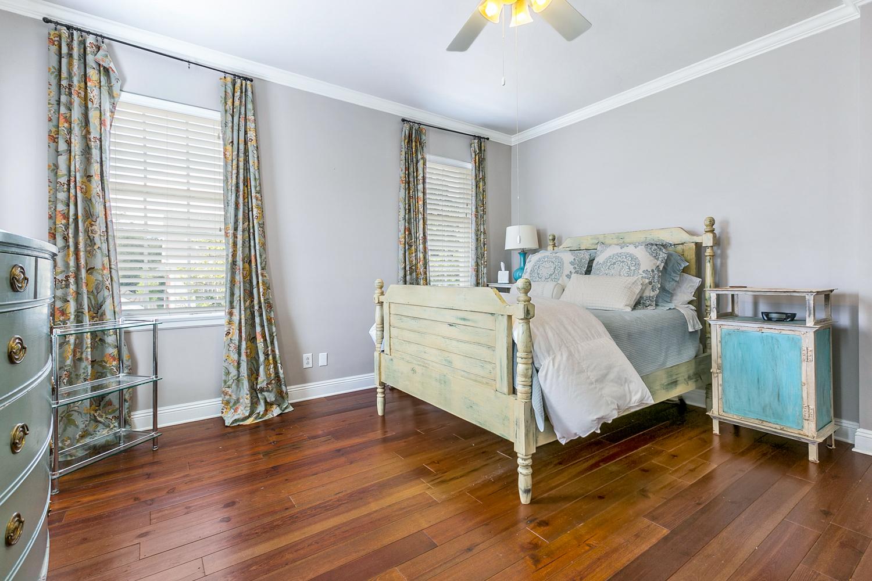 Garden District, Apartment, 2 beds, 1.0 baths, $3000 per month New Orleans Rental - devie image_13