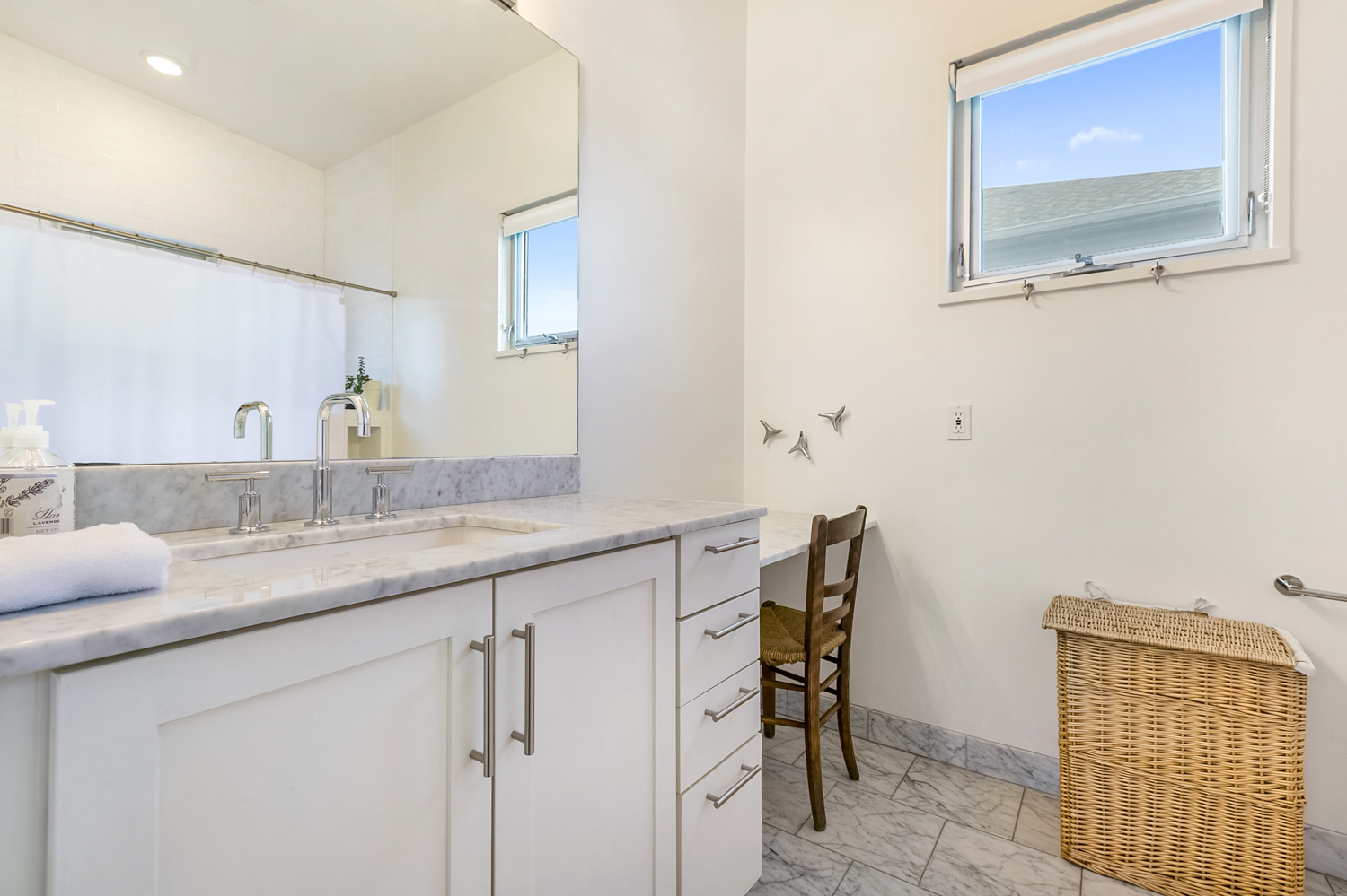 Uptown, Condo, 2 beds, 3.0 baths, $5000 per month New Orleans Rental - devie image_13