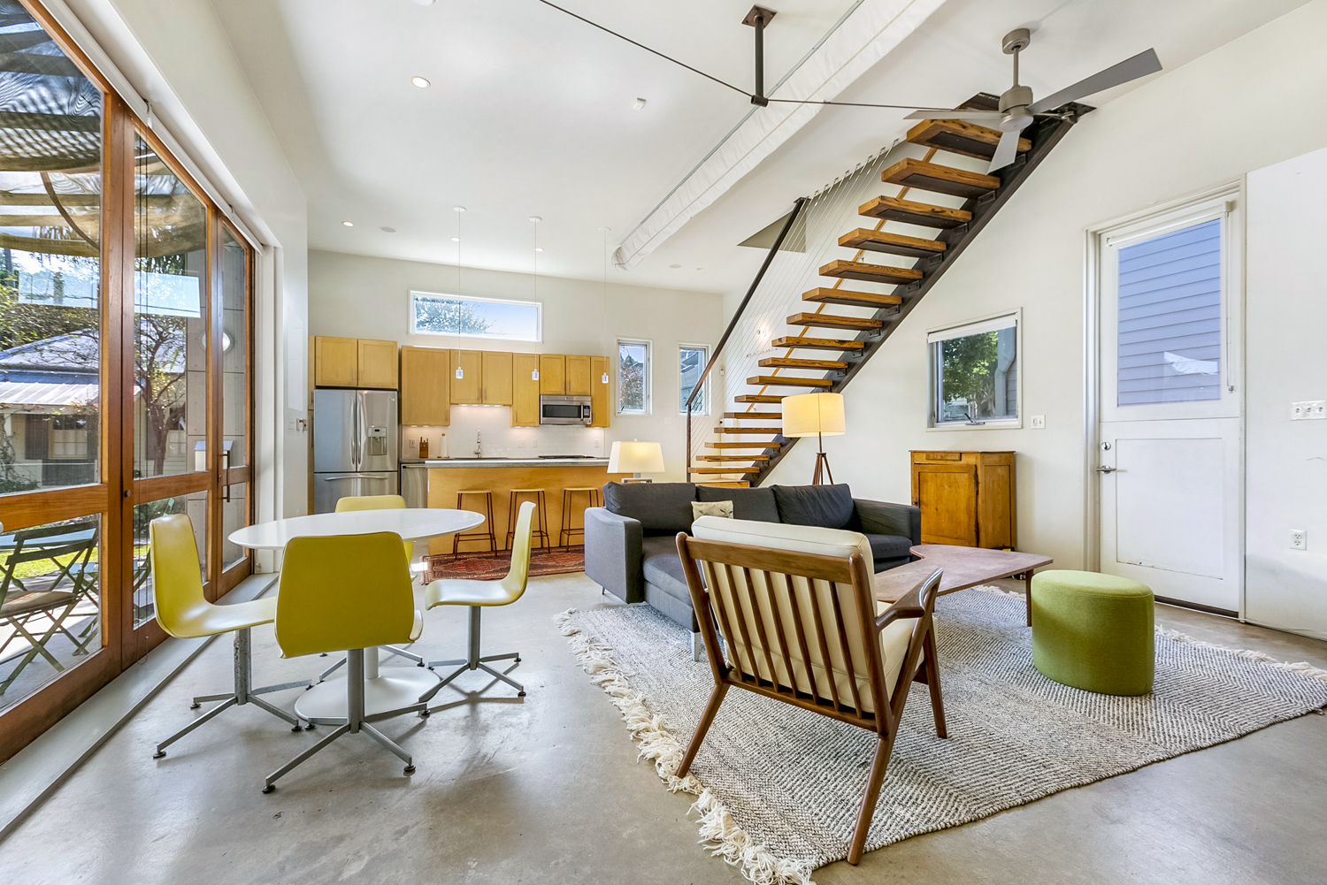 Uptown, Condo, 2 beds, 3.0 baths, $5000 per month New Orleans Rental - devie image_1