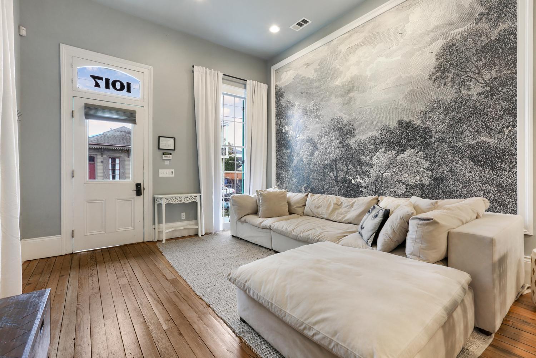 Uptown, Apartment, 2 beds, 2.0 baths, $3500 per month New Orleans Rental - devie image_8