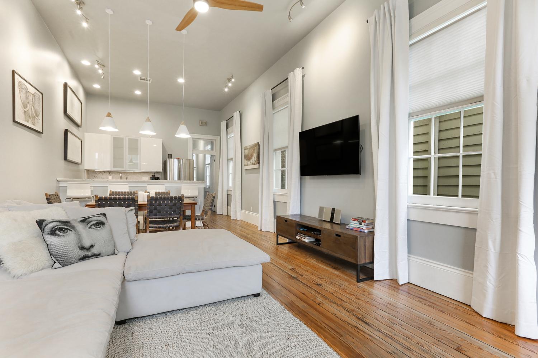 Uptown, Apartment, 2 beds, 2.0 baths, $3500 per month New Orleans Rental - devie image_10