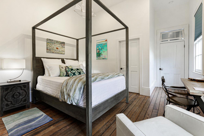 Uptown, Apartment, 2 beds, 2.0 baths, $4000 per month New Orleans Rental - devie image_9