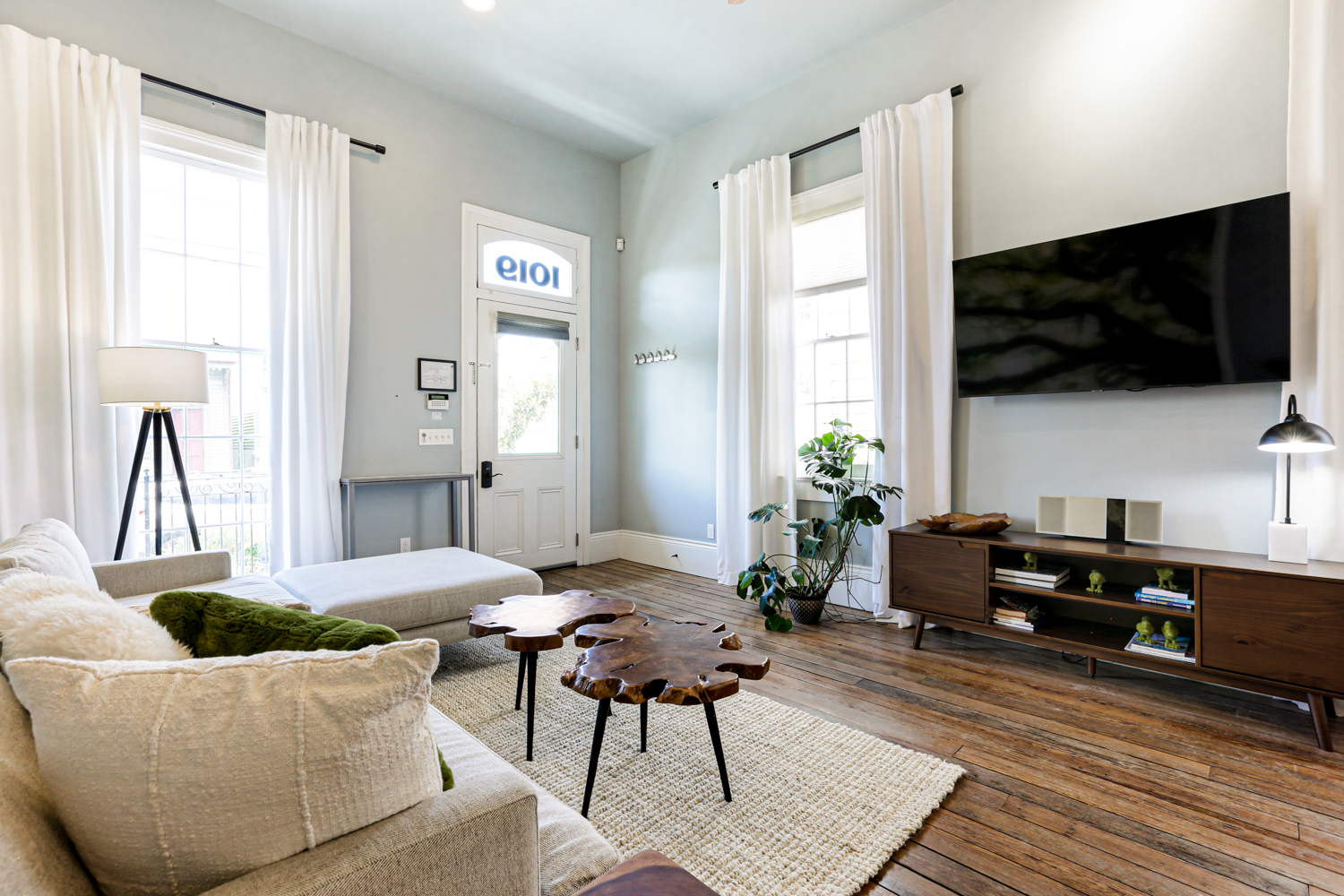 Uptown, Apartment, 2 beds, 2.0 baths, $4000 per month New Orleans Rental - devie image_6